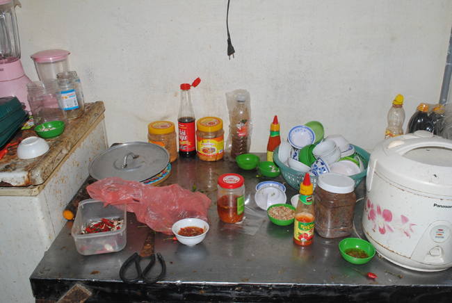 Những vấn đề cần quan tâm khi sử dụng chất phụ gia trong chế biến thức ăn tại gia đình